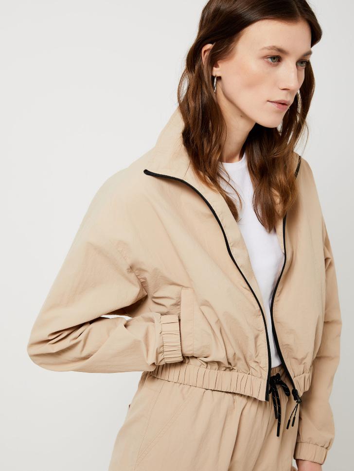 Укороченная куртка из нейлона (бежевый, L)