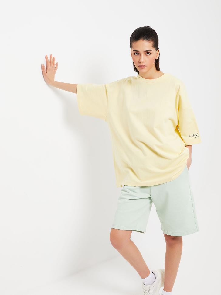 Удлиненная футболка оверсайз (желтый, S)