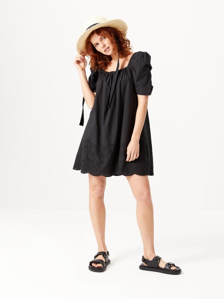 Платье с вышивкой (черный, S)