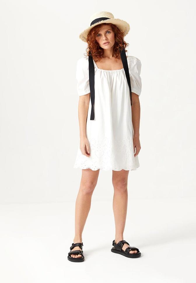 Платье с вышивкой (белый, XS)